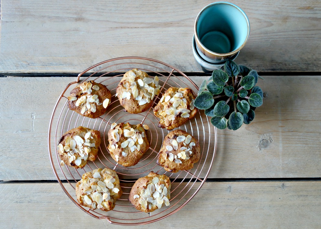Suikervrije kwarkbroodjes met appel